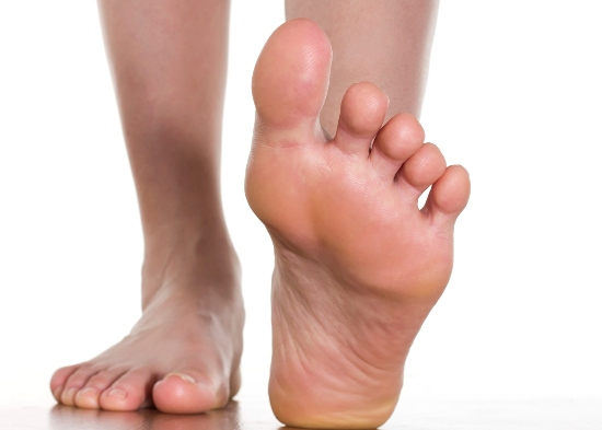 Home remedies to relieve foot pain