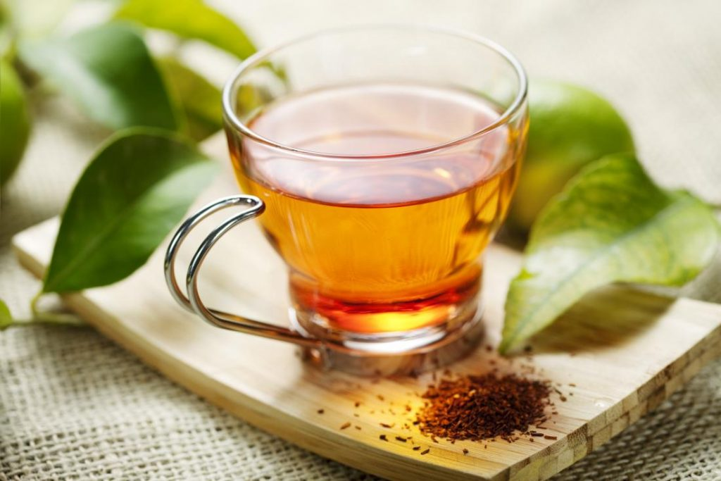 Herbal teas for relieving stress and period pain